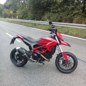 Ducati 821 Hypermotard